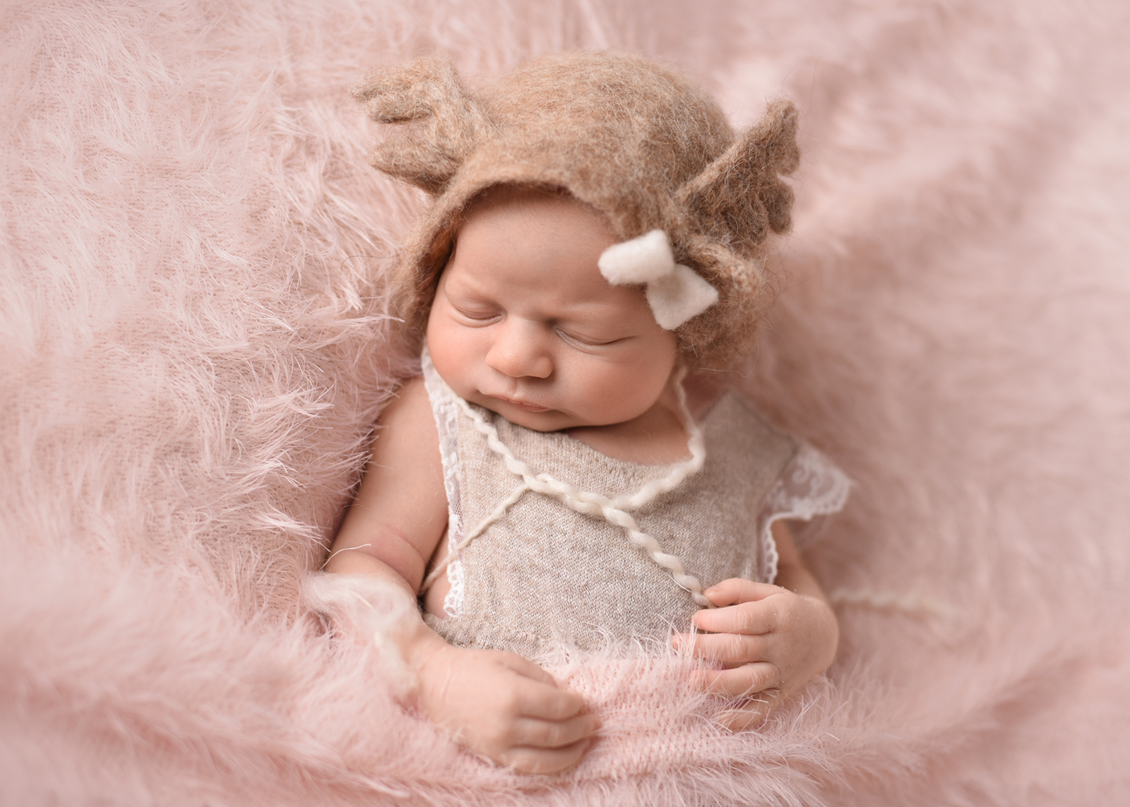 Sesja noworodkowa - Lea